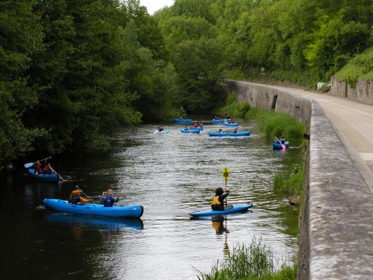 Location amck canoe kayak saint pere sous vezelay 1